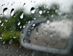 Oprez u prometu: Kolnici vlažni i skliski
