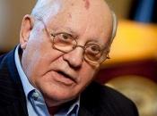 Gorbačov: Svijet se nalazi na rubu; vojne aktivnosti sliče pravom ratu
