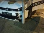 Policijsko vozilo prošlo kroz crveno pa izazvalo prometnu nezgodu