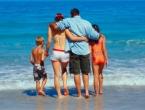 Za ljetovanje potrebne tri prosječne plaće, mnogi zbog toga dižu kredit