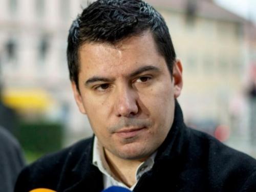Dok Hrvati u Federaciji trpe političko nasilje Komšić gostuje na HRT-u. Sramota