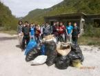 Učenici OŠ Ivan Mažuranić Gračac proveli akciju čišćenja okoliša u sklopu projekta Let's Do It