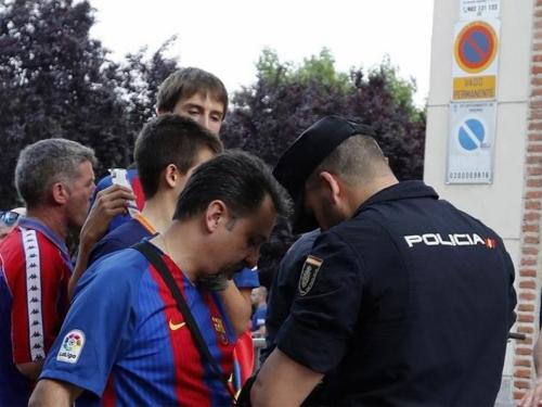 Iz sigurnosnih razloga nogometaši Barcelone i Reala u istom hotelu