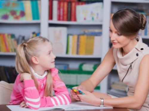 Sve više osnovaca ide na instrukcije, roditelji se pitaju što djeca rade u školama