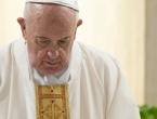 Papa napustio Vatikan prvi put u mjesec dana i pozvao na solidarnost