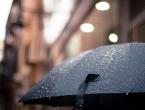 Pred nama je oblačan i kišan vikend