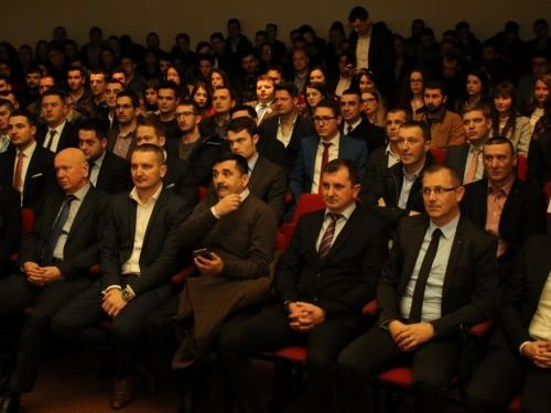 FOTO: U Rami svečano obilježena 26. obljetnica osnutka Mladeži HDZ-a BiH