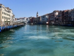 "Korona očistila Veneciju: ""Voda u kanalima prozirna, vide se čak i ribe"""