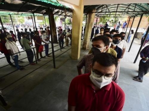 U pet dana u Indiji se koronavirusom zarazio 1,57 milijun ljudi