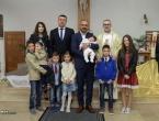 Vojkovići/Roško Polje: U obitelji Kelava kršteno sedmo dijete