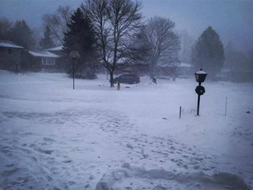 Američkim gradovima približava se snježna oluja, škole zatvorene