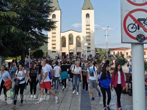 Hodočasnici iz cijelog svijeta na proslavi 38. obljetnice Gospinih ukazanja