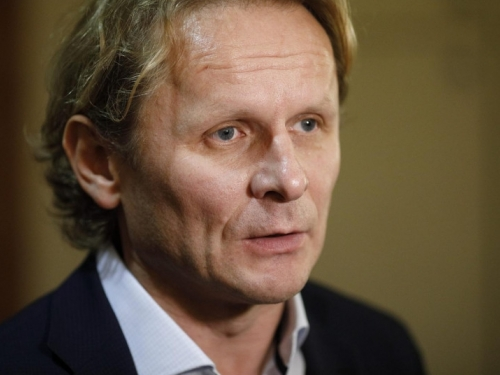 Đikić u najnovijem istupu Plenkovića optužio za manjak empatije, Stožer da lažira brojke