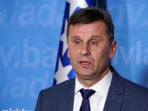 Novalić: ''Sve bolnice će biti aktivirane kao izolatoriji''
