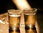 Više od polovice Hrvata pije 'žestice', najpopularniji likeri i rakija