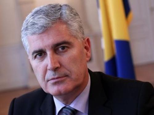 Čović: Komšić je mala marioneta i pogodan alatić, Dodik je dobar