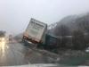 Stanje na cestama: Kamion sletio s puta na Komaru