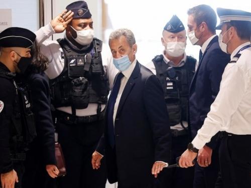 Počelo novo suđenje Sarkozyju, sudi mu se za ilegalno financiranje izborne kampanje