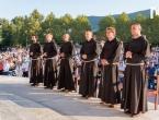 Šestorica hercegovačkih fratara u Međugorju položila svečane zavjete