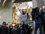 U neredima u Iranu poginulo 25 ljudi