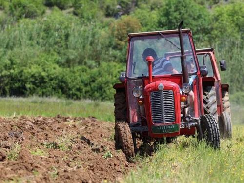 Farmeri u BiH žrtve ucjena trgovaca