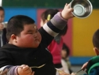 Urota prehrambene industrije: Kako nas debljaju