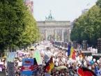 Prosvijedi širom Europe: Ljudi na ulicama protiv mjera i nošenja zaštitnih maski