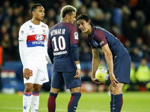 Cavani odbio milijun eura bonusa zbog jedanaesteraca