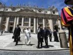 Krao Papi dokumenate i plasirao ih u javnost