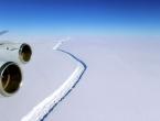 Od Antarktike se odlomio ledenjak veći od Like