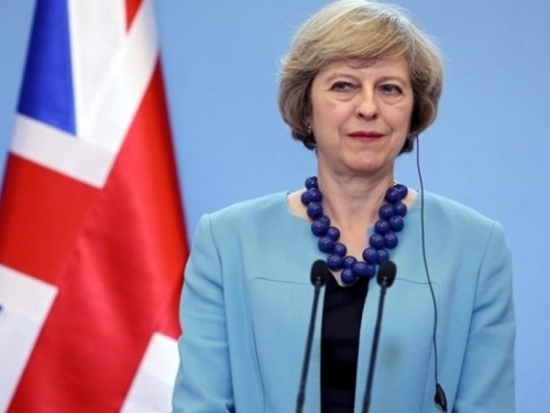 Theresa May iznenada raspisala izvanredne opće izbore