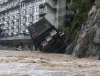 Japan pod vodom, čak 110 tisuća ljudi evakuirano