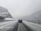 Oprez u prometu: Ugaženi snijeg i led na kolniku