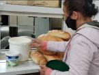 Sve više Mostaraca traži komad kruha, promet u javnim kuhinjama uvećan za 10 posto