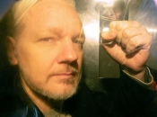 SAD obznanio 17 optužnica protiv Assangea