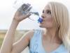 Evo zašto ne bi nikad trebali koristiti plastičnu bocu više puta