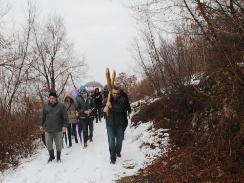 FOTO: Put križa - Prva korizmena nedjelja u župi Uzdol