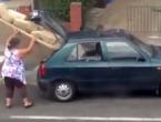 Koliko ogromnih trosjeda stane u manji automobil?