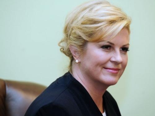 Hrvatska predsjednica: Ne trebamo glumiti prijateljstvo sa Srbijom
