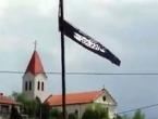 Uklonjena islamistička zastava iz hrvatskog sela kod Tuzle