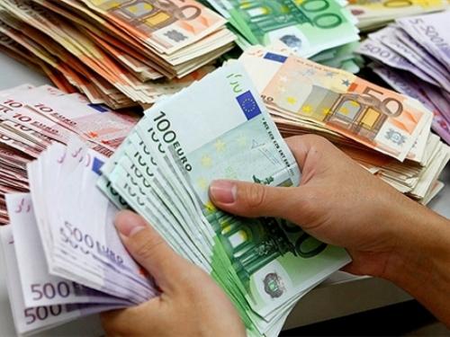 Iz BiH od sada možete iznijeti 10.000 eura