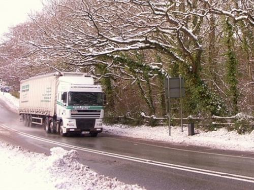 Kamioni zapeli u snijegu, pa blokirali cestu Tomislavgrad-Posušje