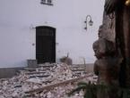 Mještani u Selima u Hrvatskoj spontano došli na misu ispred srušene crkve