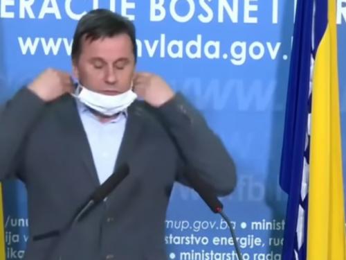 Novalić: Mislili smo da smo pobijedili koronu, bila je to greška
