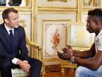 Migrantu koji je spasio dijete ponuđeno francusko državljanstvo