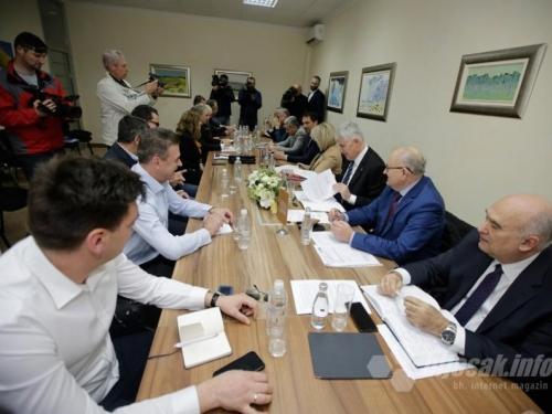 HNS: Što je udar na Bošnjake?