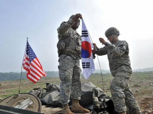 Južna Koreja i SAD obustavljaju vježbe?
