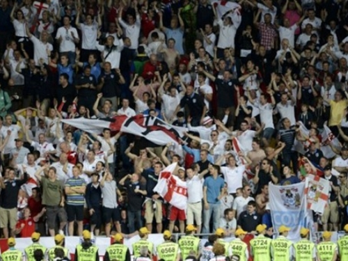 Englezi ponovno žele stajanje na stadionima