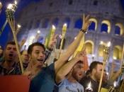 Tisuće Talijana izašle na ulice u znak podrške Kurdima u Siriji