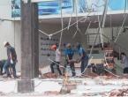 Deseci mrtvih, stotine ranjenih u potresu na turističkom otoku